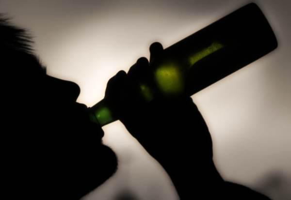 minore-alcolista-droga